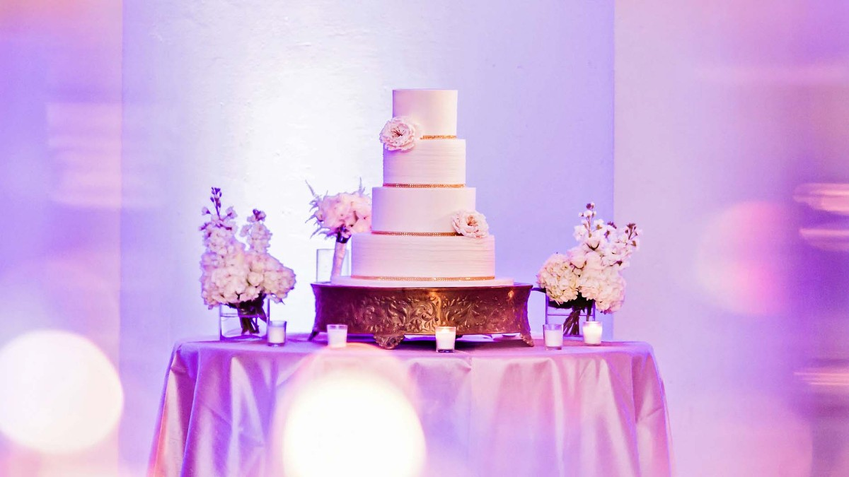 Ashley and Chika | Modern Miami Wedding | Elegant Temptations Cakes ...