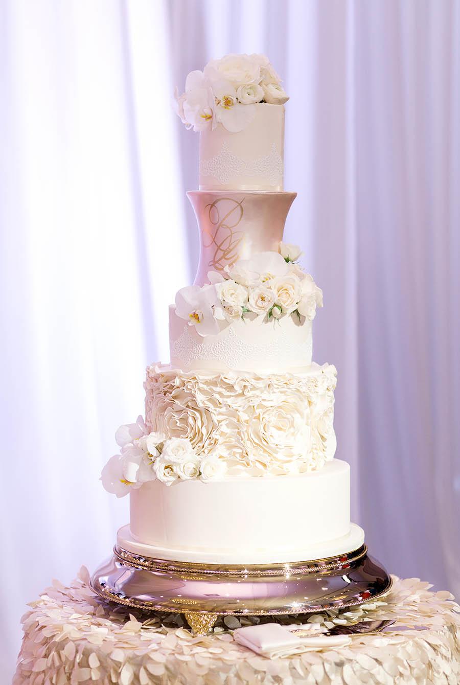 Miami wedding cakes miamis best custom wedding cakes 2018 best wedding cakes in miami junglespirit Gallery